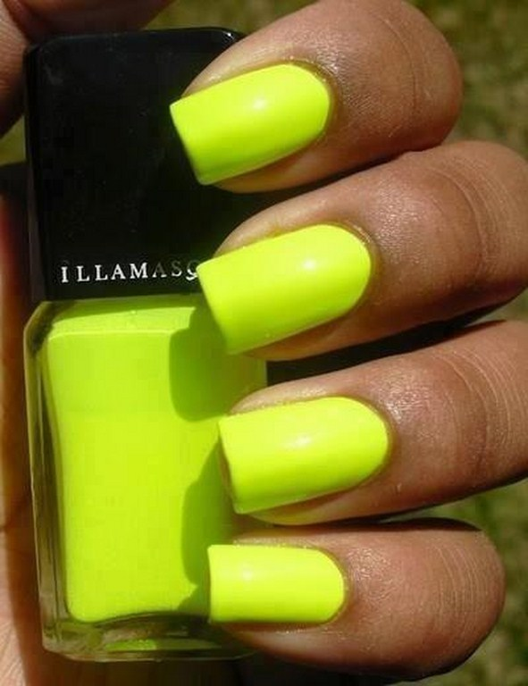 yellow colour nails