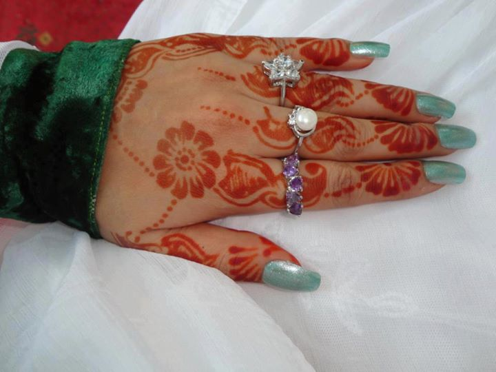 beautiful mehndi designs for fingers only