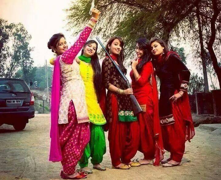 pakistani hot & sexy desi girls