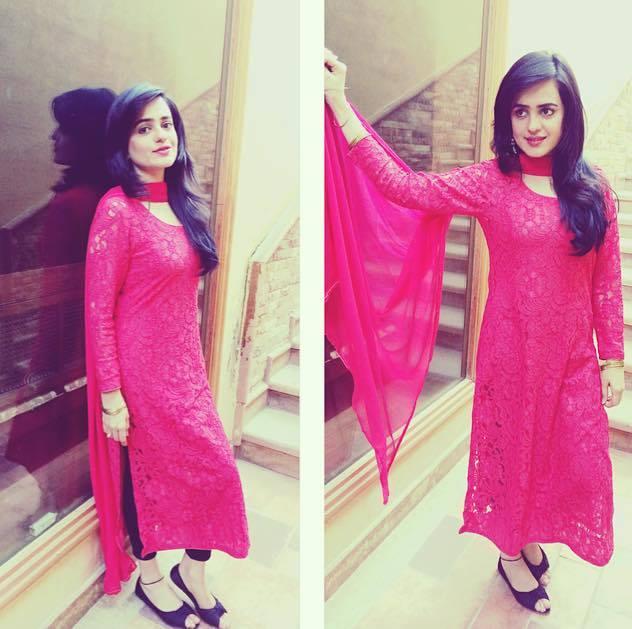 hot & sexy pakistani girls