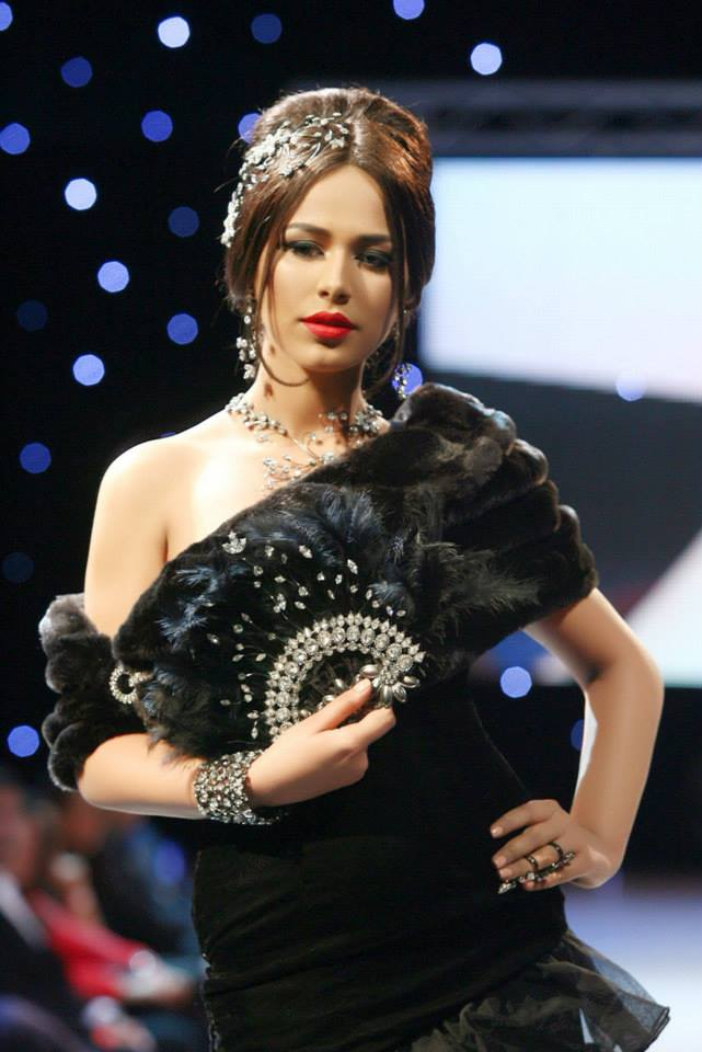 sexy ayyan ali hot pictures & videos