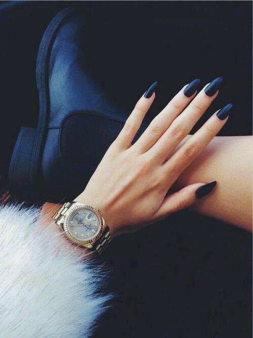 removable black colour nails
