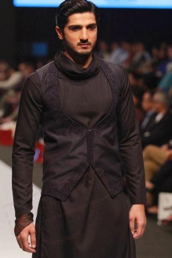 Men-Sherwani-Fashion-2016-by-FashionTV-webstudy.pk
