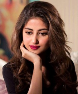 Pakistani-actress-Sajal-Ali-Wallpaper