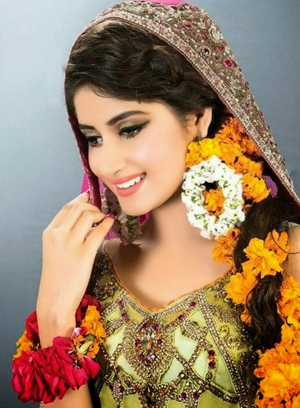 Sajal-Ali-Pictures-dresses-webstudy.pk