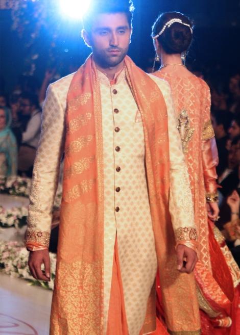 beautiful groom sherwani designs 2016-webstudy.pk