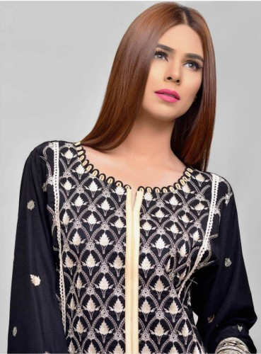 Areeba-Winter-Peach-Leather-Jacquard-Shawl-Collection-2016-2017-By-ZS-Textile-webstudy.pk