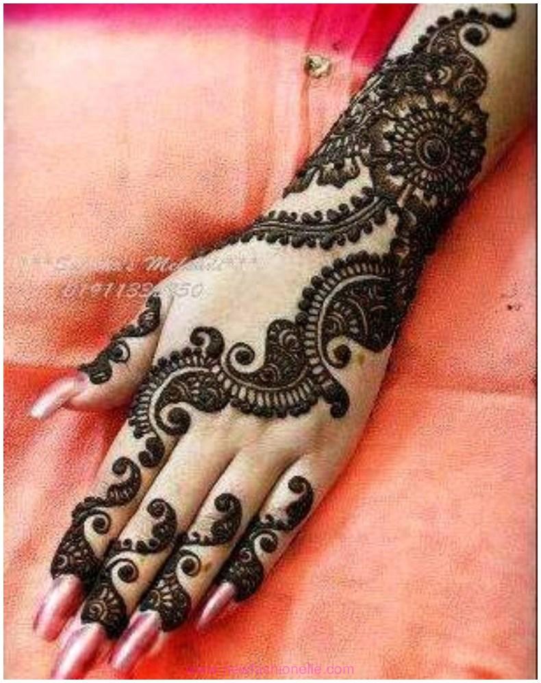 Best-Finger-Mehndi-Designs-for-Wedding