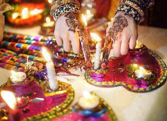 Best-Stylish-Mehndi-Designs-Guideline-for-Teen-Girls-2016