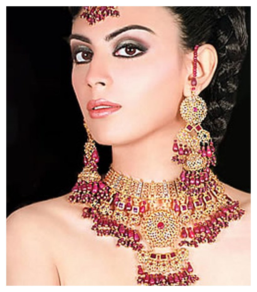 Latest-Bridal-Gold-Jewelry-Fashion-2015-in-asia-webstudy.pk