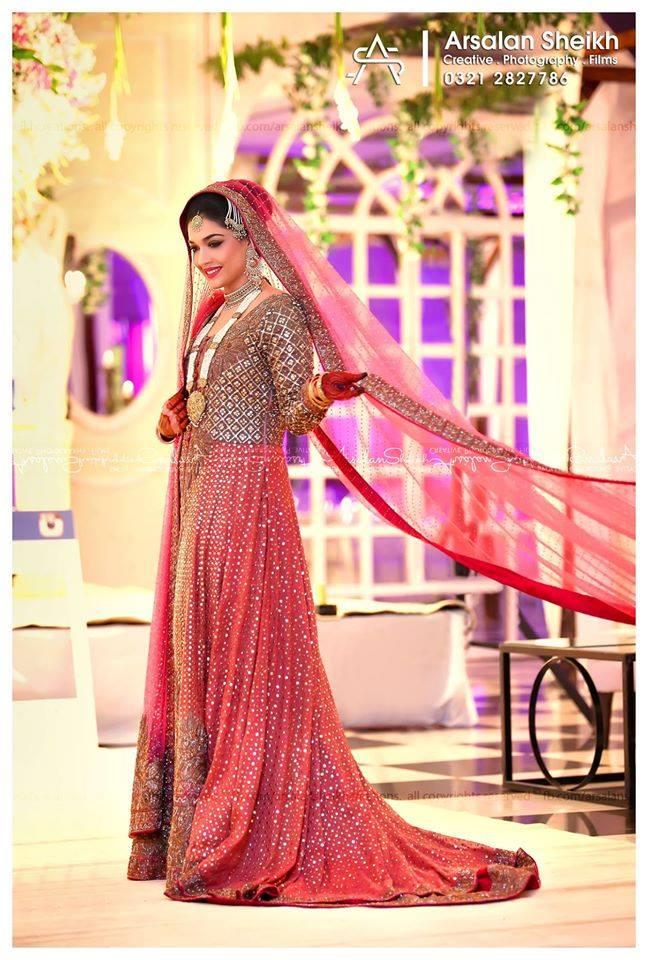 Sanam-Jung-Wedding-hot photoShoot-webstudy.pk