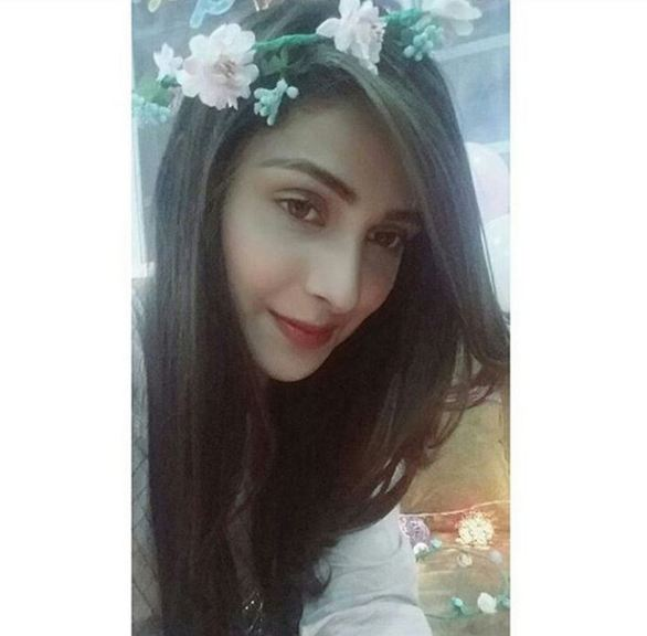 Ayeza-Khan-Birthday-8