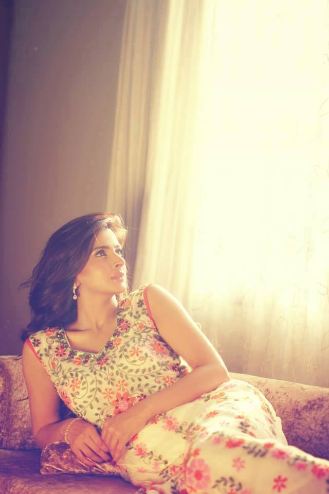 latest saba qamr photos-webstudy.pk