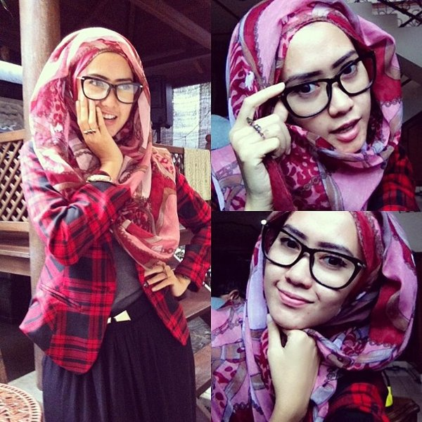 20-Hijab-Styles-You-Should-Try-In-2016-Accessorize-with-Oversized-Glasses