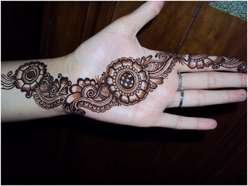 basically-very-simple-arabic-mehndi-webstudy-pk