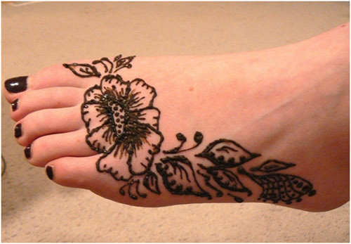 black-mehndi-makes-you-beautiful-webstudy-pk
