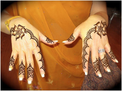 simple-enought-mehndi-designs-for-females-webstudy-pk