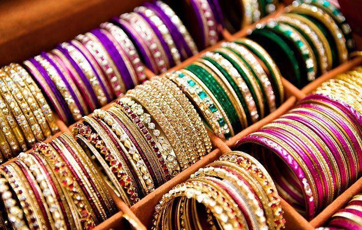 Latest-Trend-Colorful-Bangles-Designs-Churiyan-For-eid ul fitr
