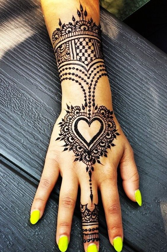 elegant mehndi designs for eid day 2018