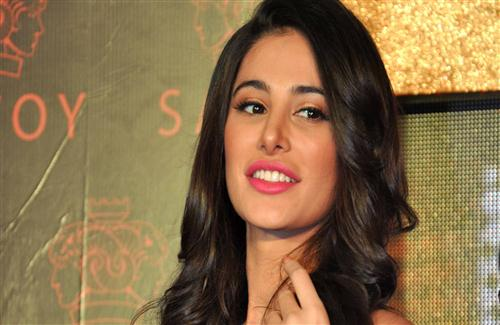 Cute_Smile_of_Nargis_Fakhri_Hindi_Film_Heroine
