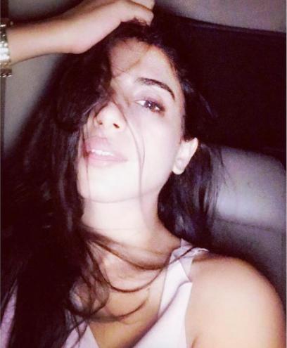 sonya hussain selfie