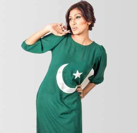 Young-Pakistani-Girls-Azadi-Day-dresses-2019